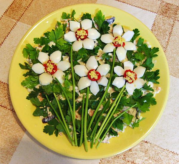 рецепт праздничных салатов и их украшение